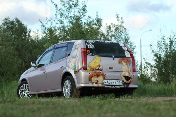 Aerografiya na avto Anime