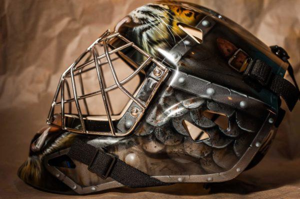 Аэрография на хоккейном шлеме - Тигр