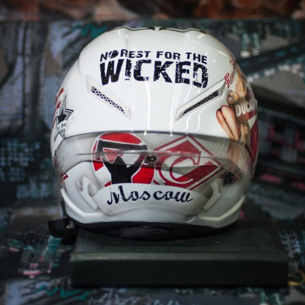 Аэрография на мотошлеме - Wicked-Ducati-White