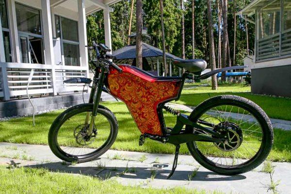 Аэрография на велосипеде хохлома